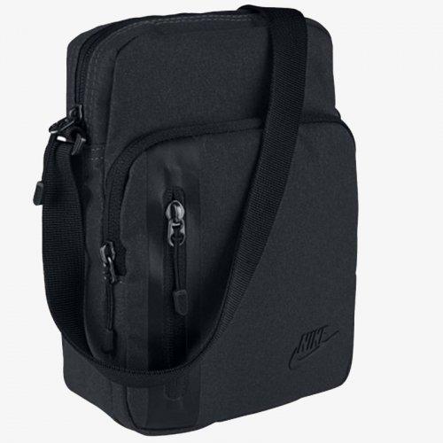 Чантичка Nike Core Small Items 3.0