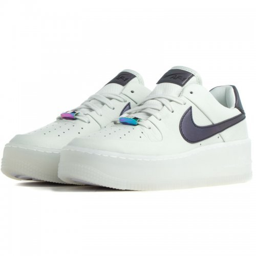 ДАМСКИ ОБУВКИ NIKE AIR FORCE 1 SAGE LOW LX